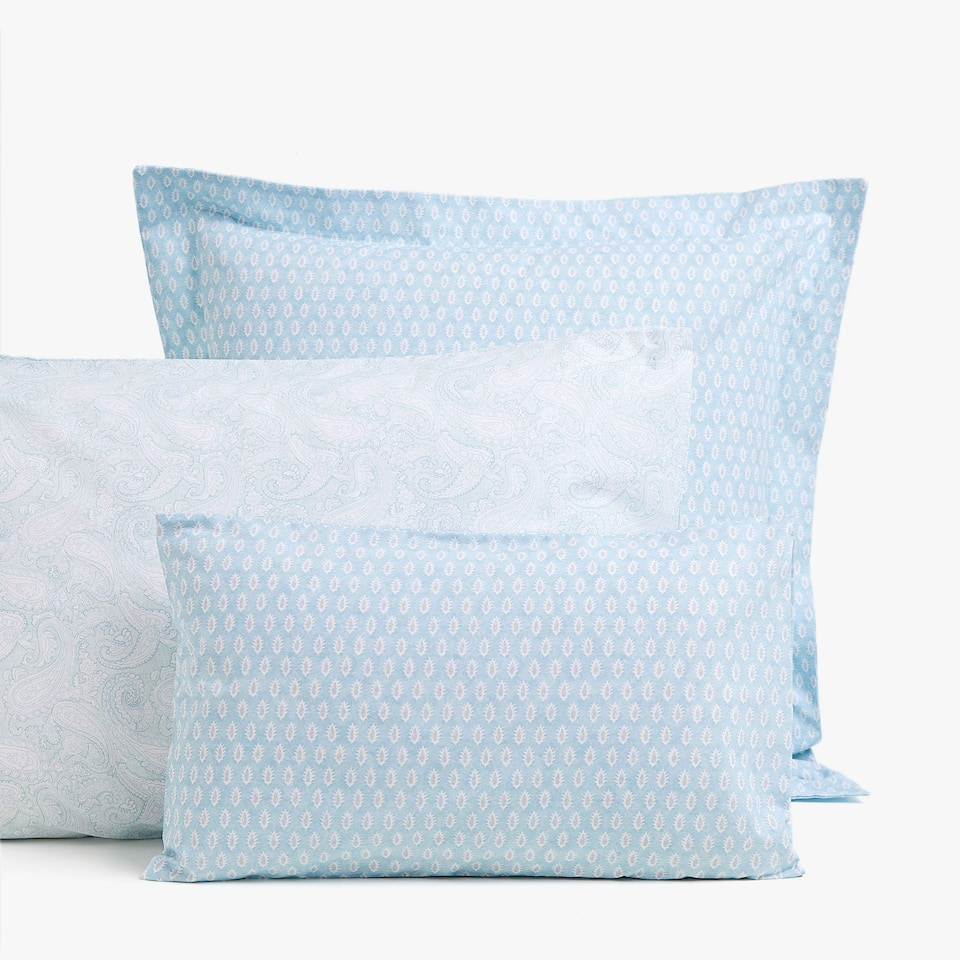 LEAF AND PAISLEY PRINT PILLOWCASE
