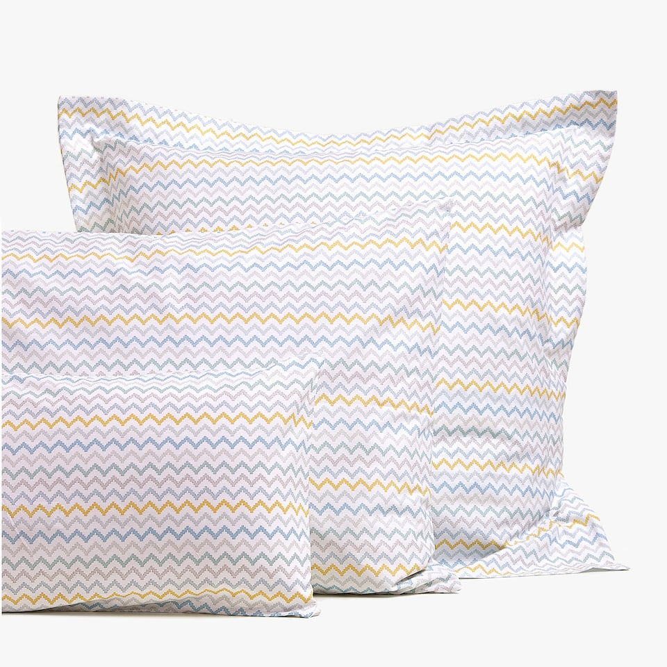 ZIGZAG PRINT PILLOWCASE