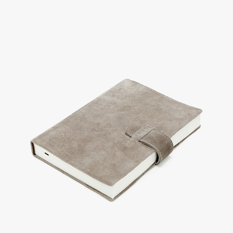 Leather diary with fastener