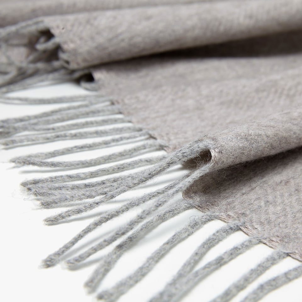 HERRINGBONE CASHMERE AND SILK BLANKET