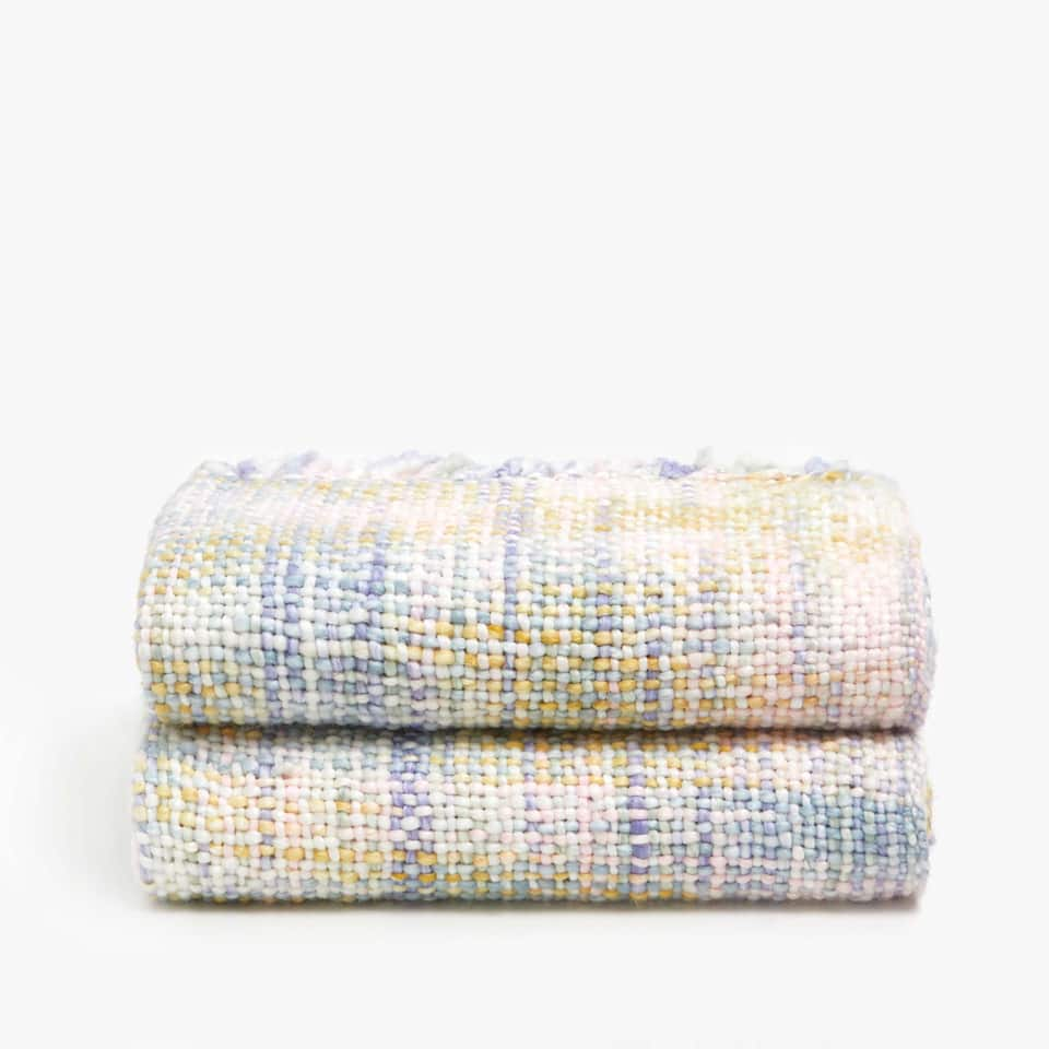 PLAIN WEAVE MULTICOLOURED BLANKET