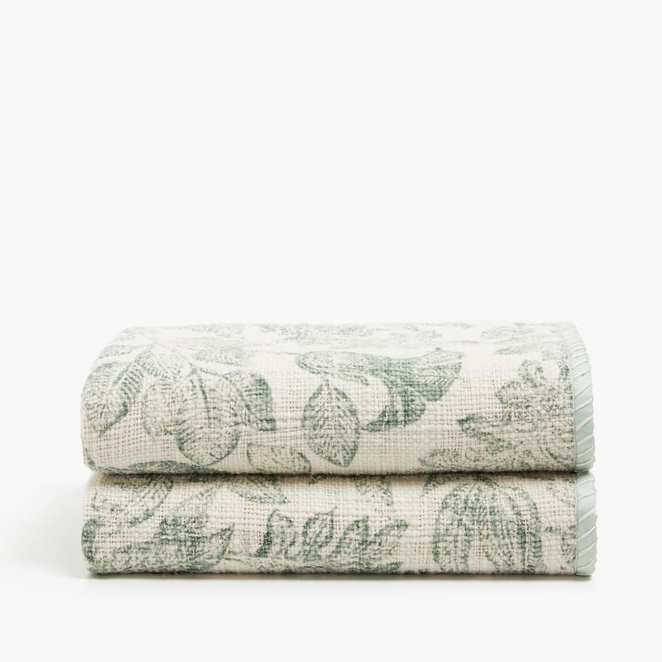 TWO-TONE PRINT WOOL BLANKET