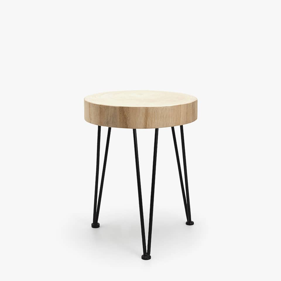 ROUND STOOL WITH CONTRASTING LEGS