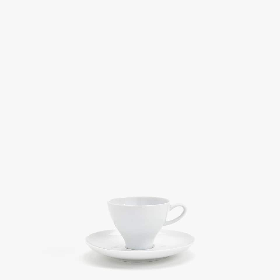 PLAIN PORCELAIN COFFEE CUP AND SAUCER