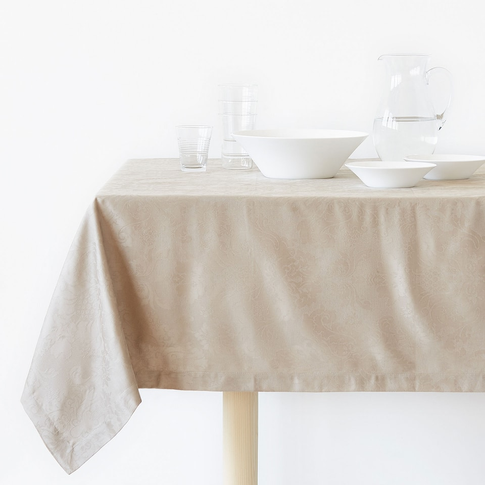 Floral jacquard cotton tablecloth