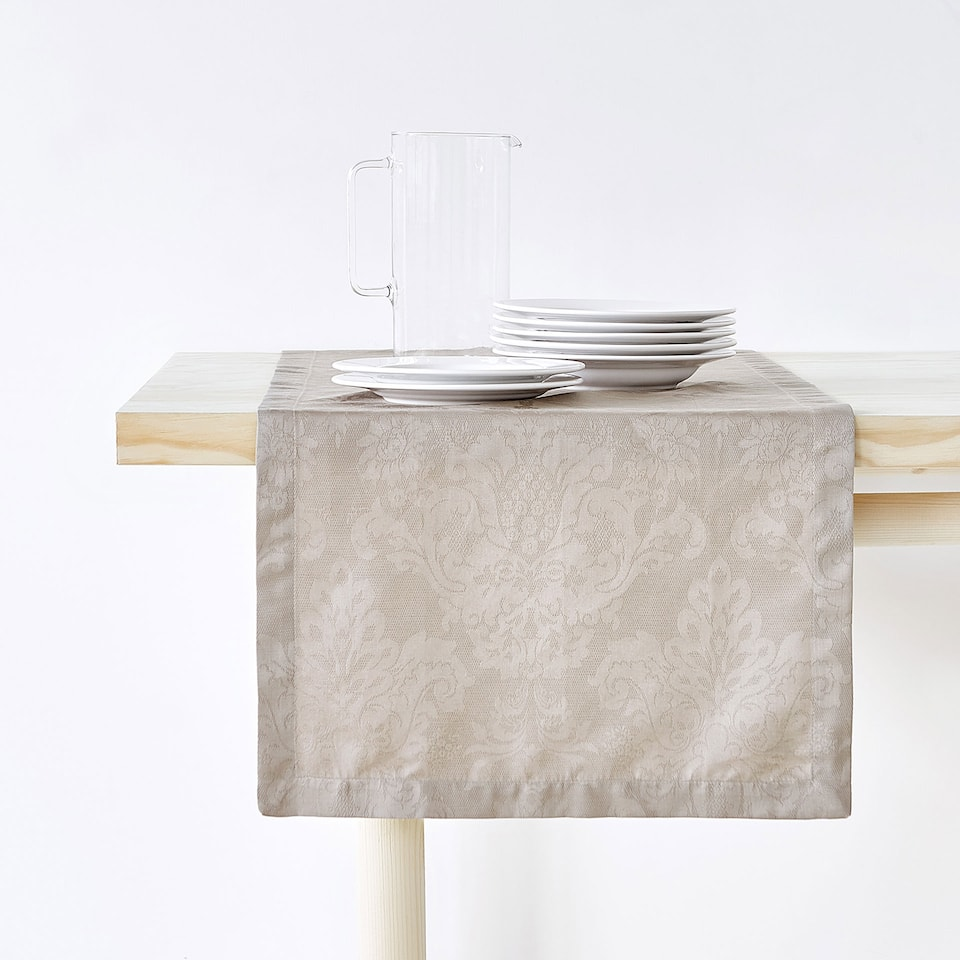 Floral jacquard cotton table runner