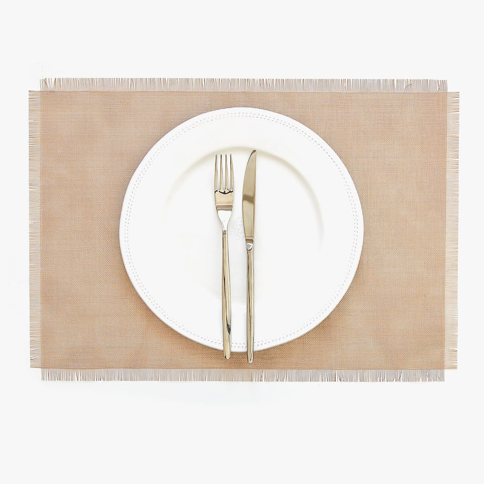 PLASTIC FRAYED PLACEMAT (SET OF 2)
