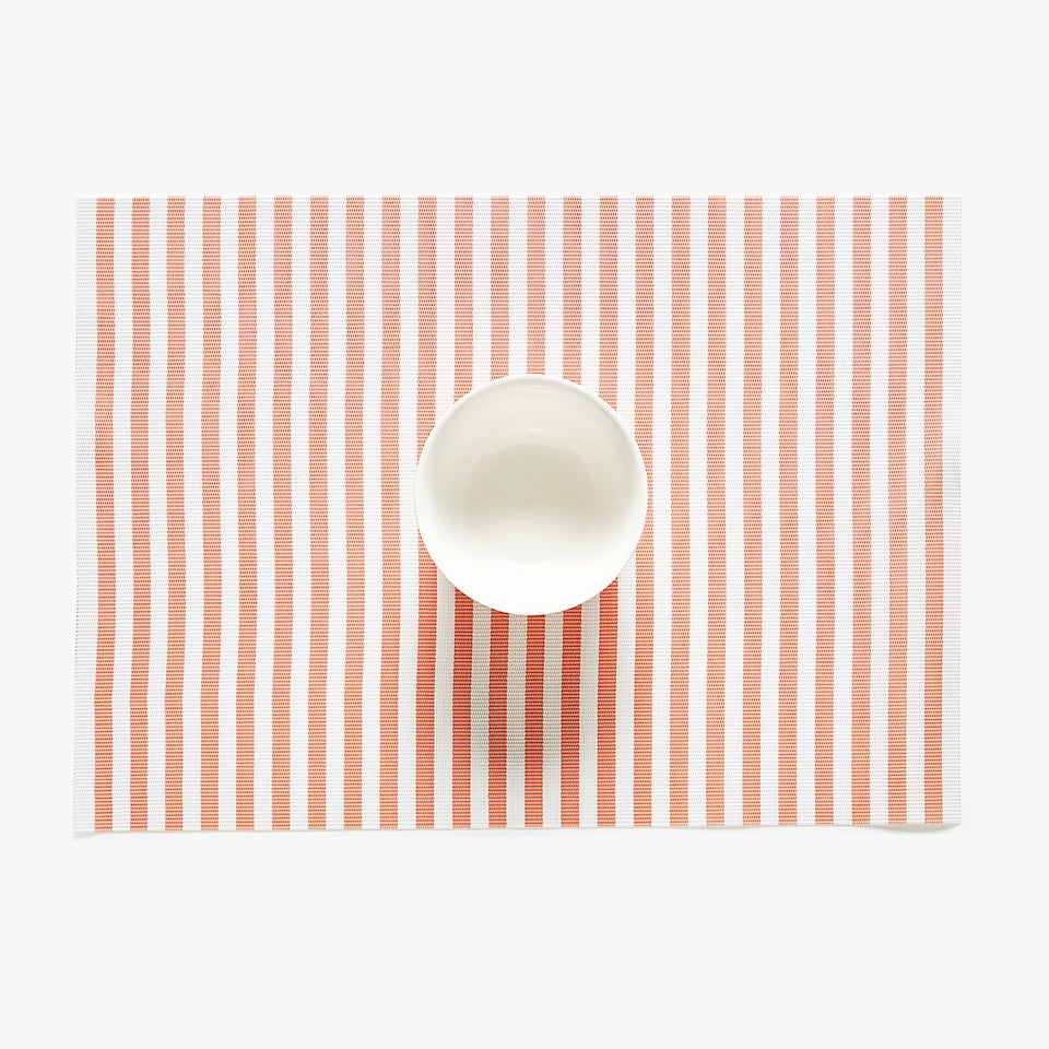 STRIPED PLASTIC PLACEMAT (SET OF 2)