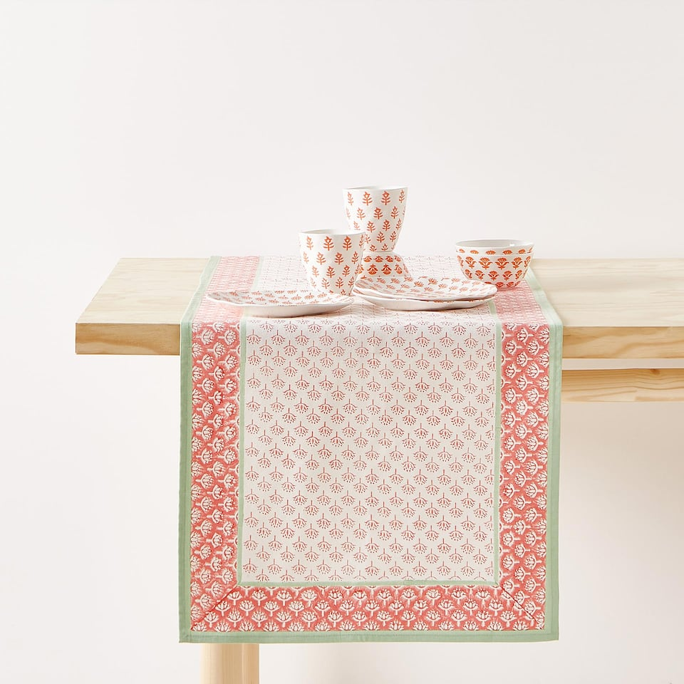 FLORAL PRINT COTTON TABLE RUNNER WITH BORDER
