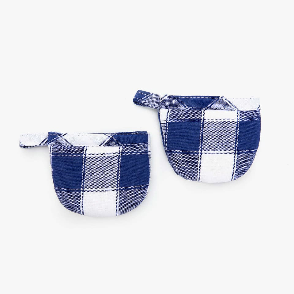CHECKED POT HOLDERS (SET OF 2)