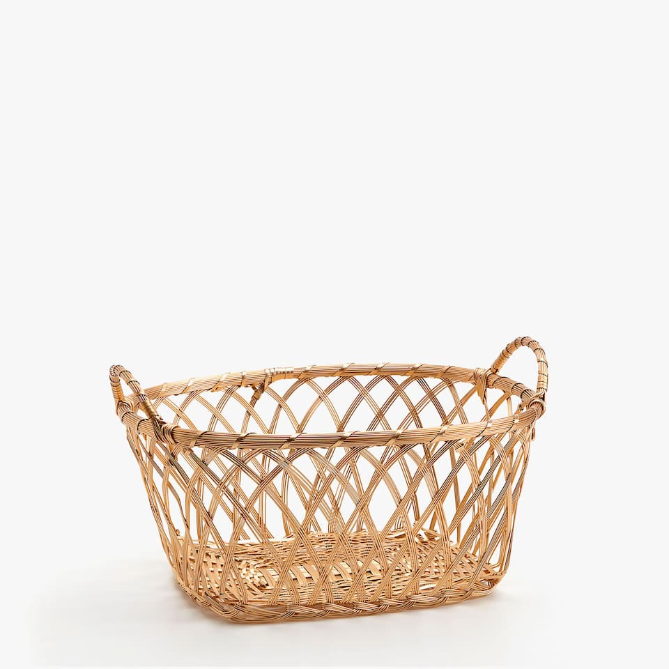 Gold oval basket