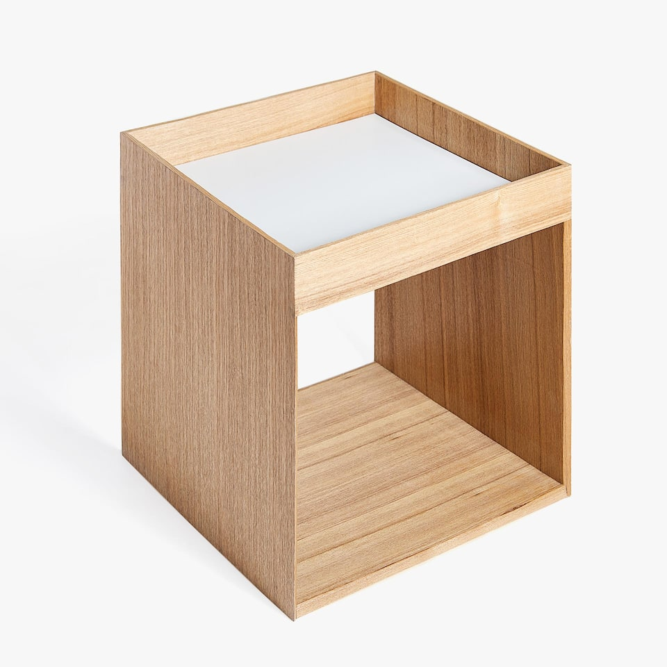 LOW WOODEN CUBE TABLE