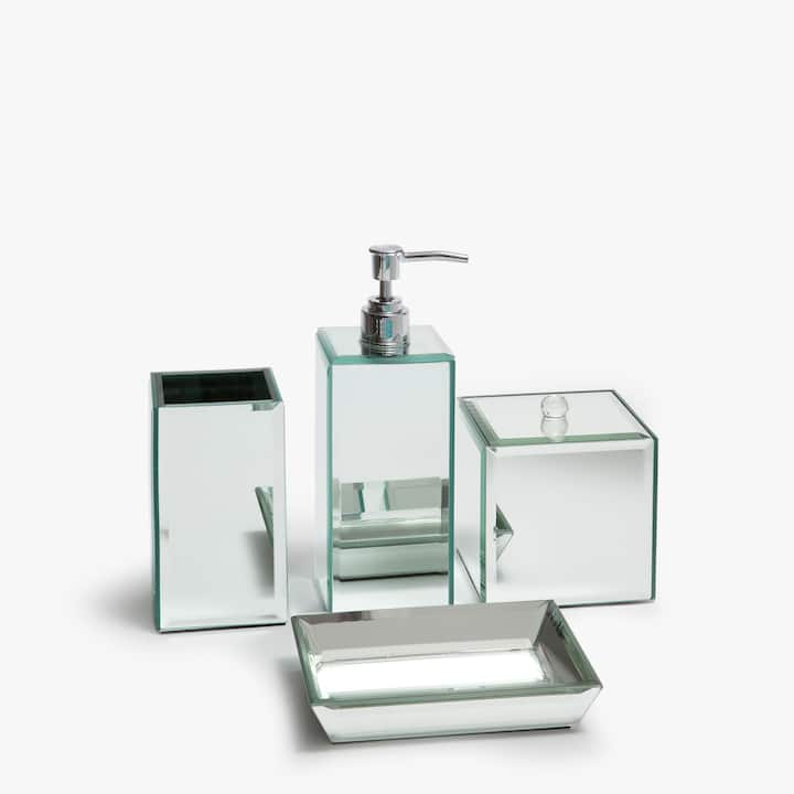 Image Of The Product MIRRORED BATHROOM SET