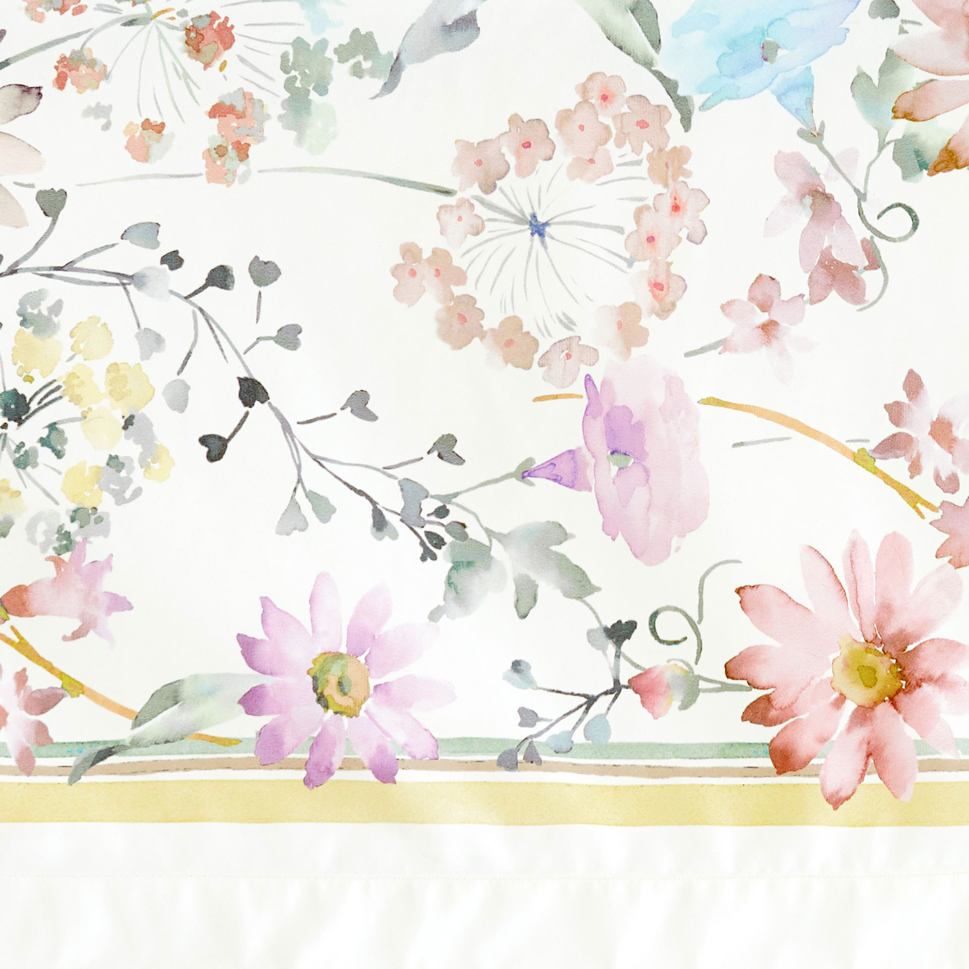 Lovely + Image 4 Of The Product WATERCOLOUR EFFECT FLORAL PRINT TABLECLOTH