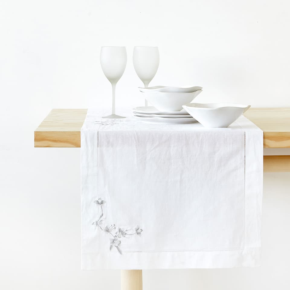 Zara TABLE RUNNER WITH SILVER FLORAL EMBROIDERY