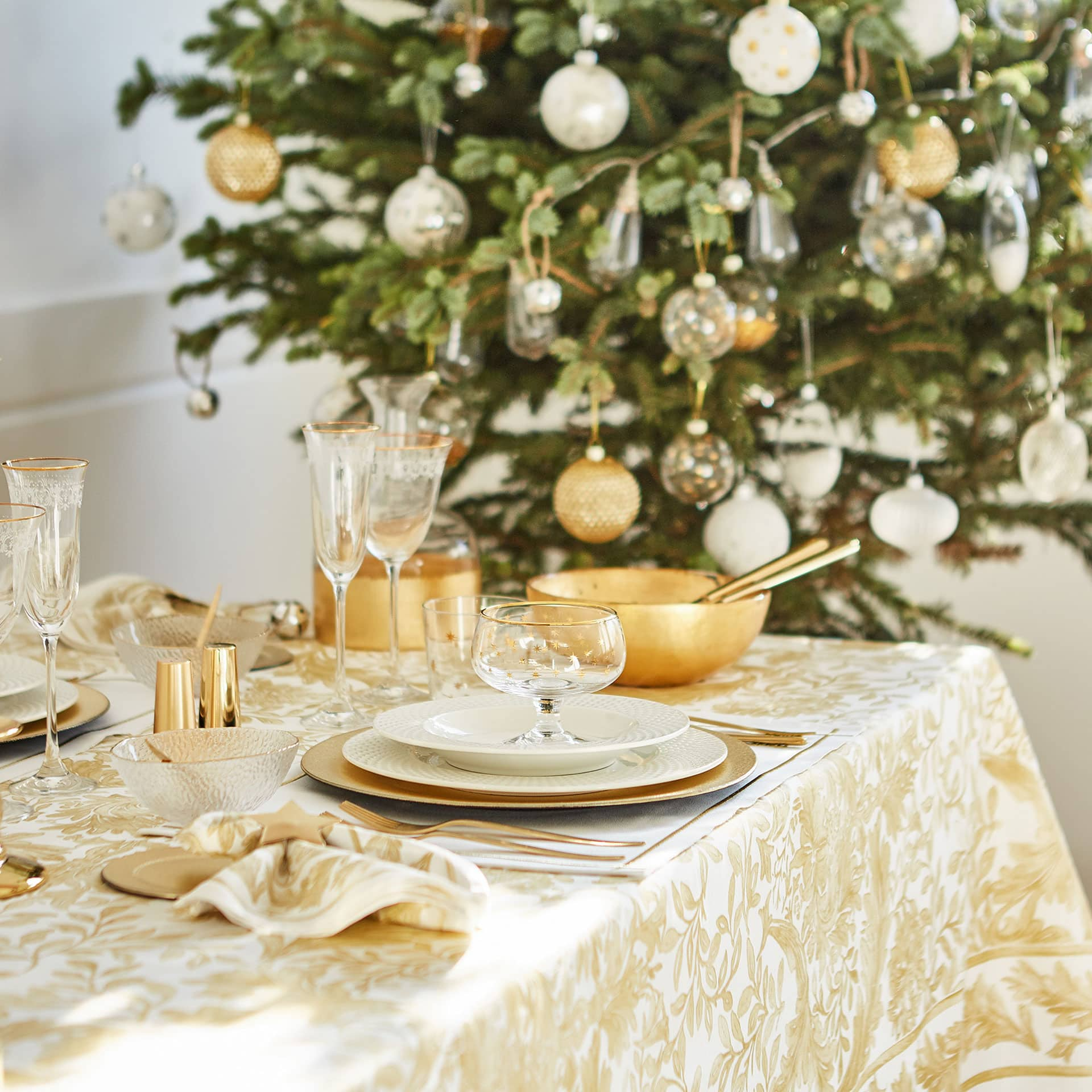 + Image 2 Of The Product Gold Floral Tablecloth