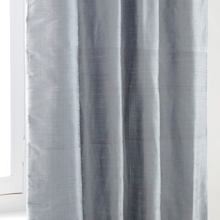 Image Of The Product PLAIN SILK CURTAIN
