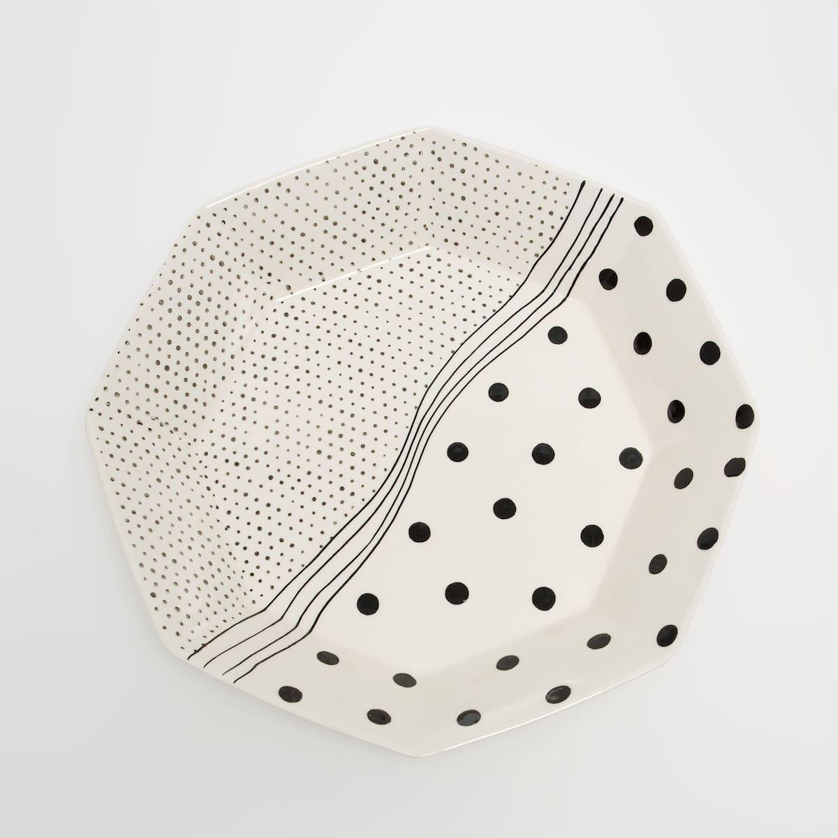 Afbeelding 2 van het product Handgemaakte aardewerken fruitschaal met print