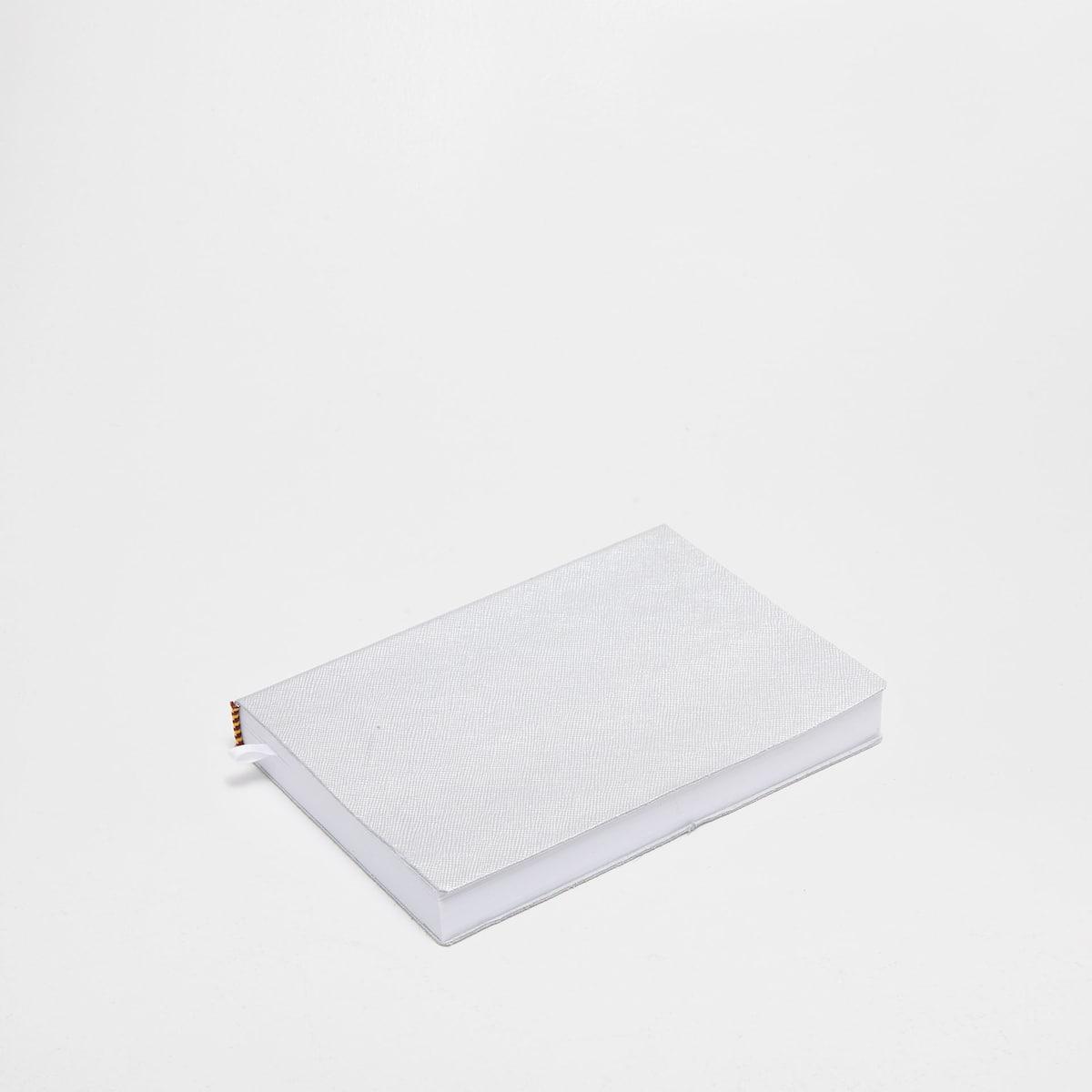 Afbeelding 1 van het product Zilverkleurige Leren Agenda 2017