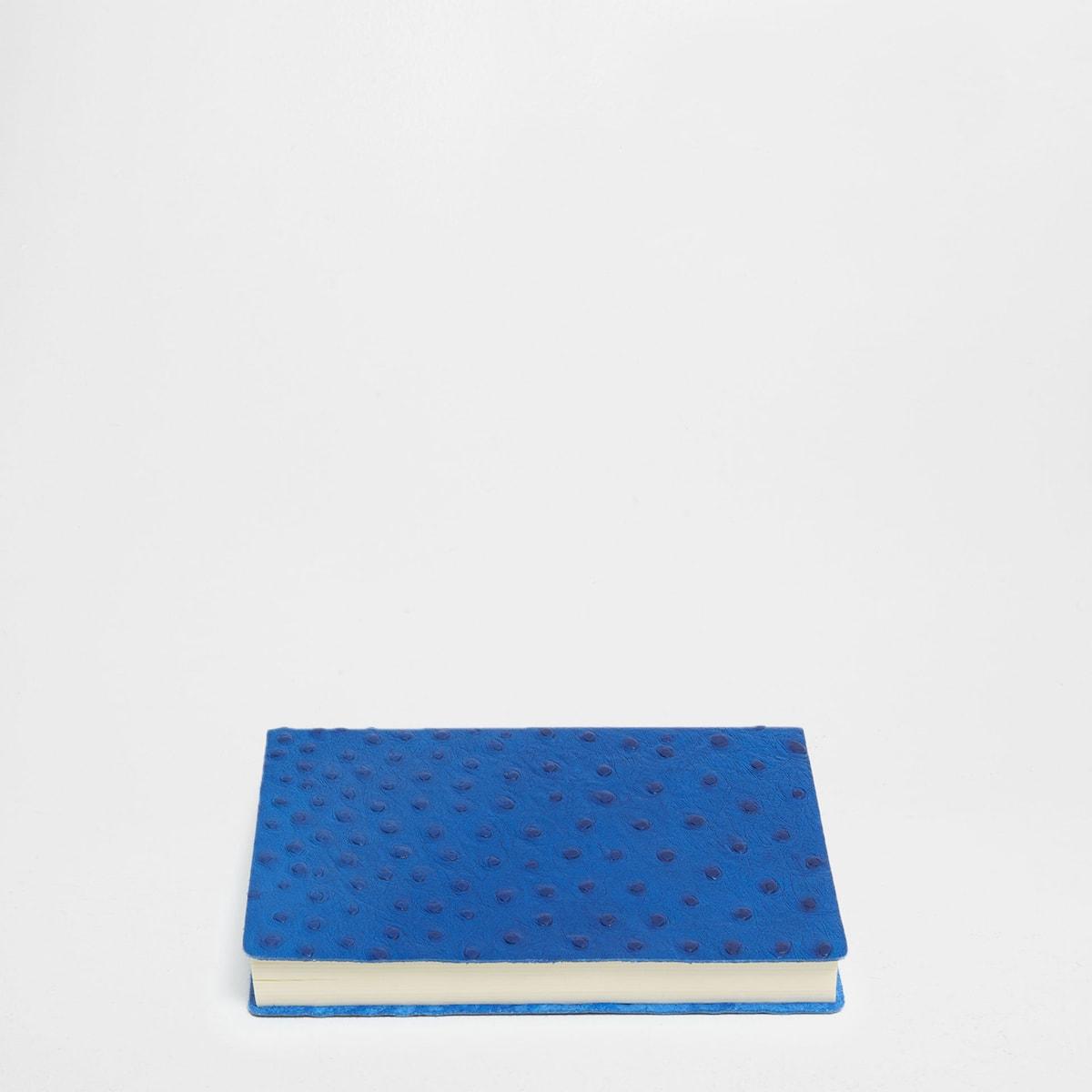 Afbeelding 1 van het product Blauw leren agenda 2017 met struisvogeleffect