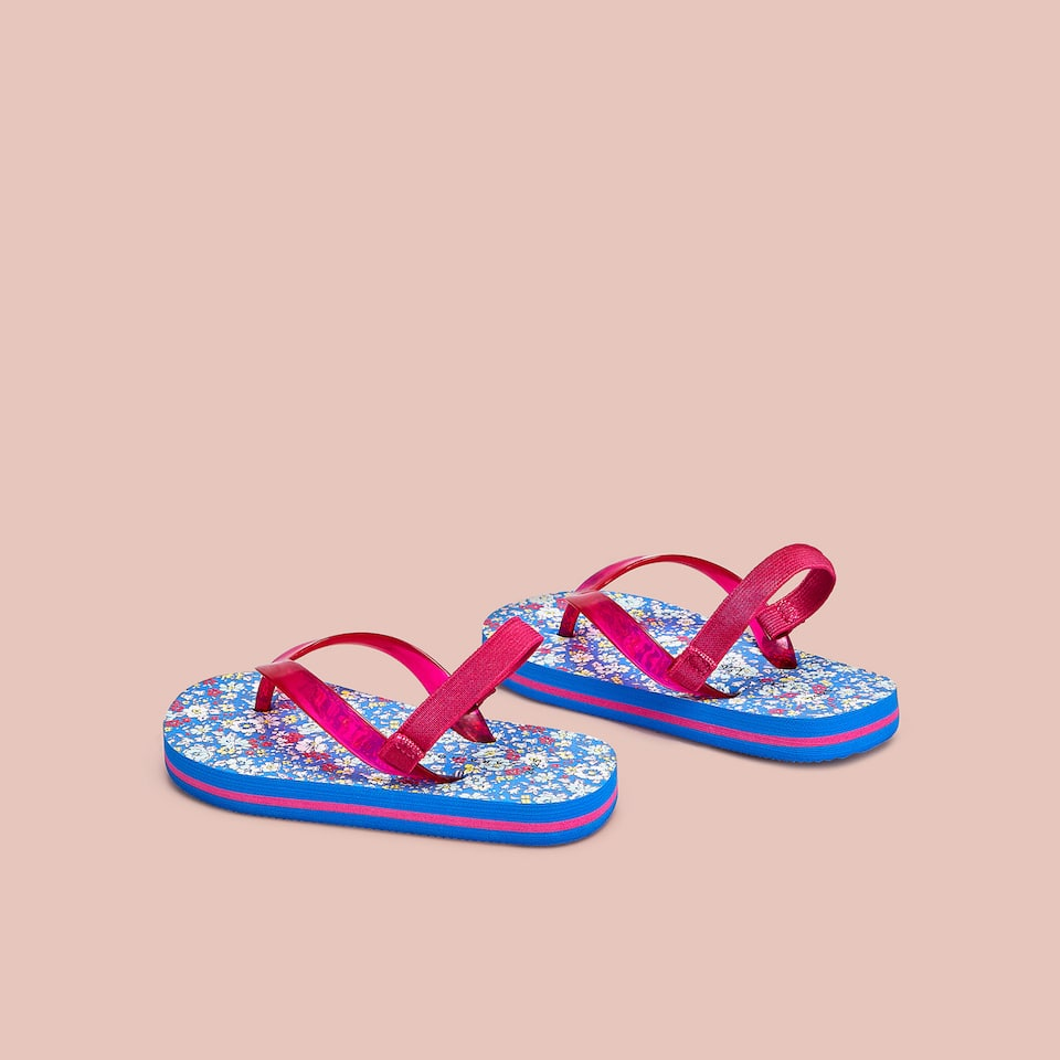 GIRLS' PAISLEY PRINT SANDALS