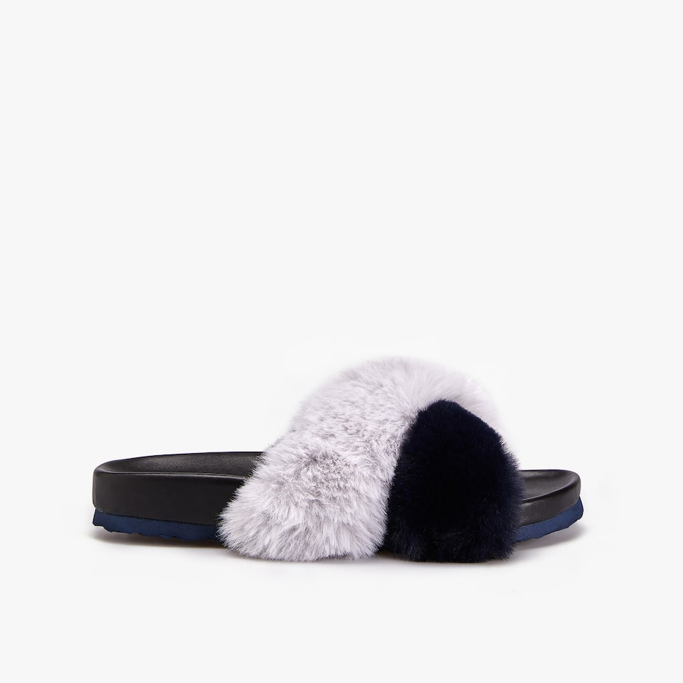 TWO-TONE FURRY SANDALS