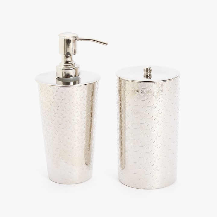 bathroom accessories. Image Of The Product METALLIC BATHROOM SET Bathroom Accessories