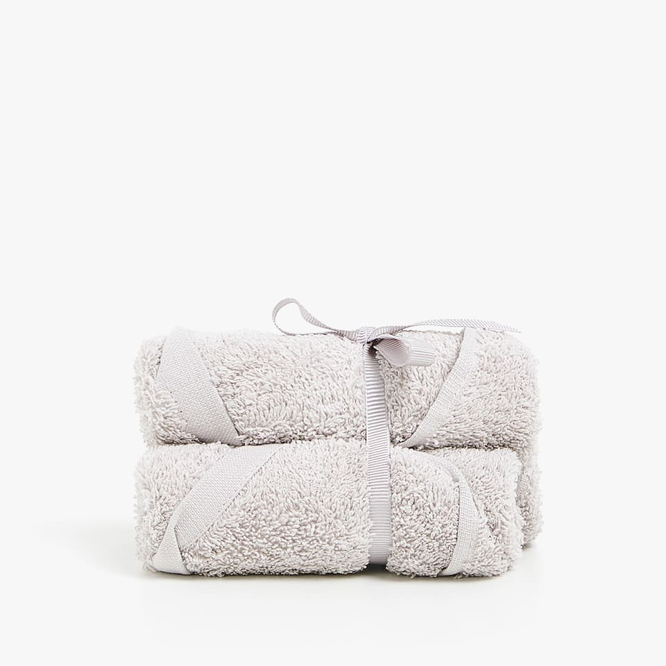 ECOLOGICALLY GROWN COTTON TOWEL (SET OF 3)