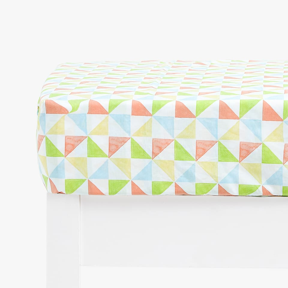 GEOMETRIC PRINT FITTED SHEET