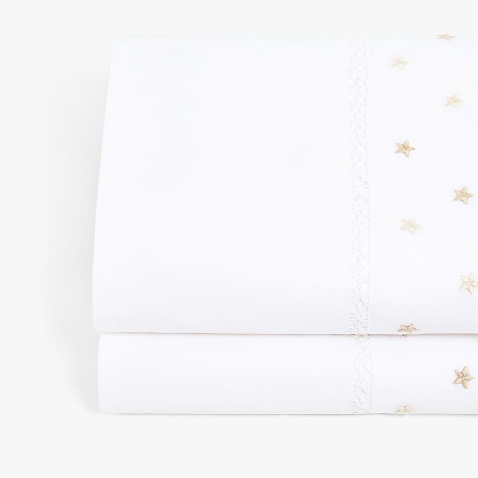 FLAT SHEET WITH EMBROIDERED STARS
