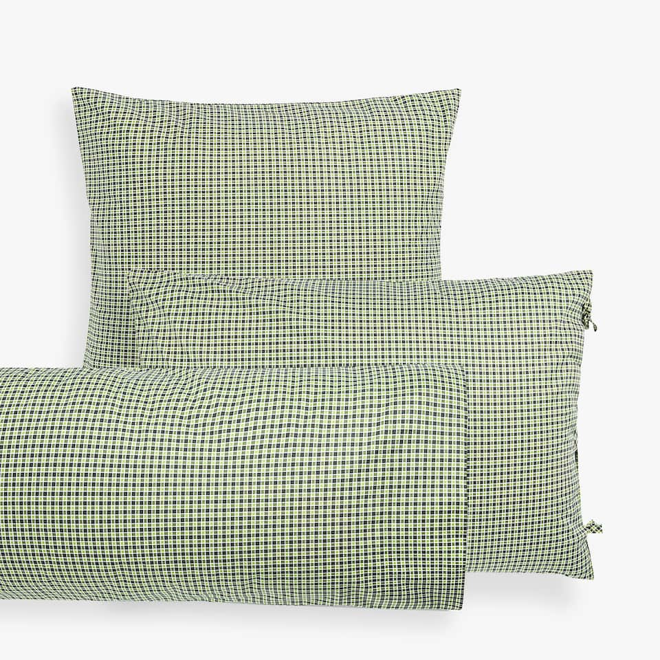 CHECKED PRINT PILLOWCASE