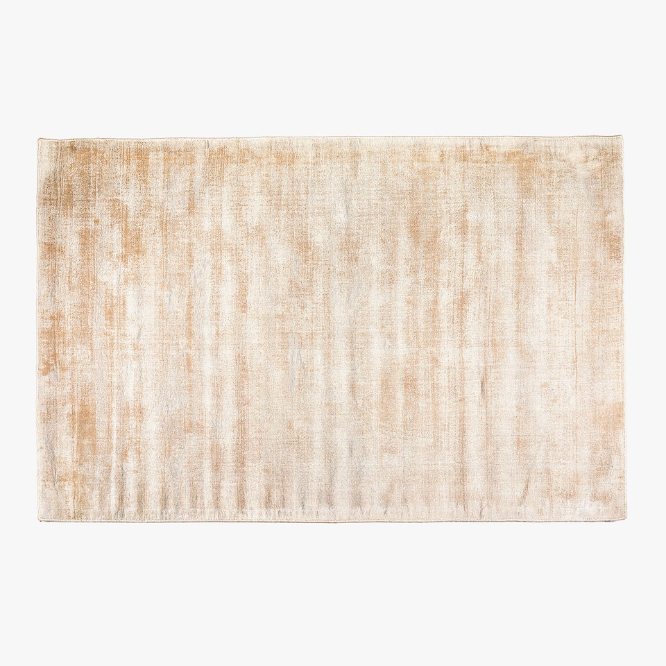 MOTTLED COLOUR-WASH-EFFECT VISCOSE RUG