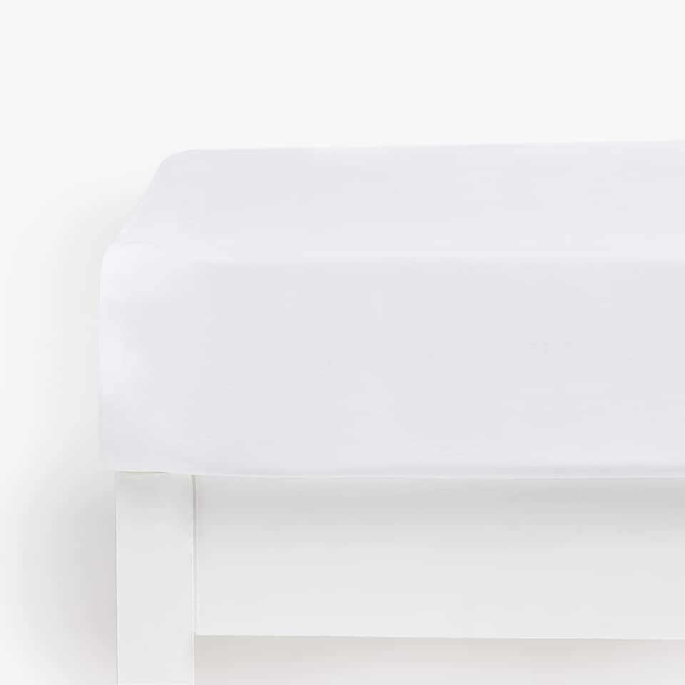 COTTON SATEEN FITTED SHEET (MATTRESSES OF UP TO 28 CM HIGH)