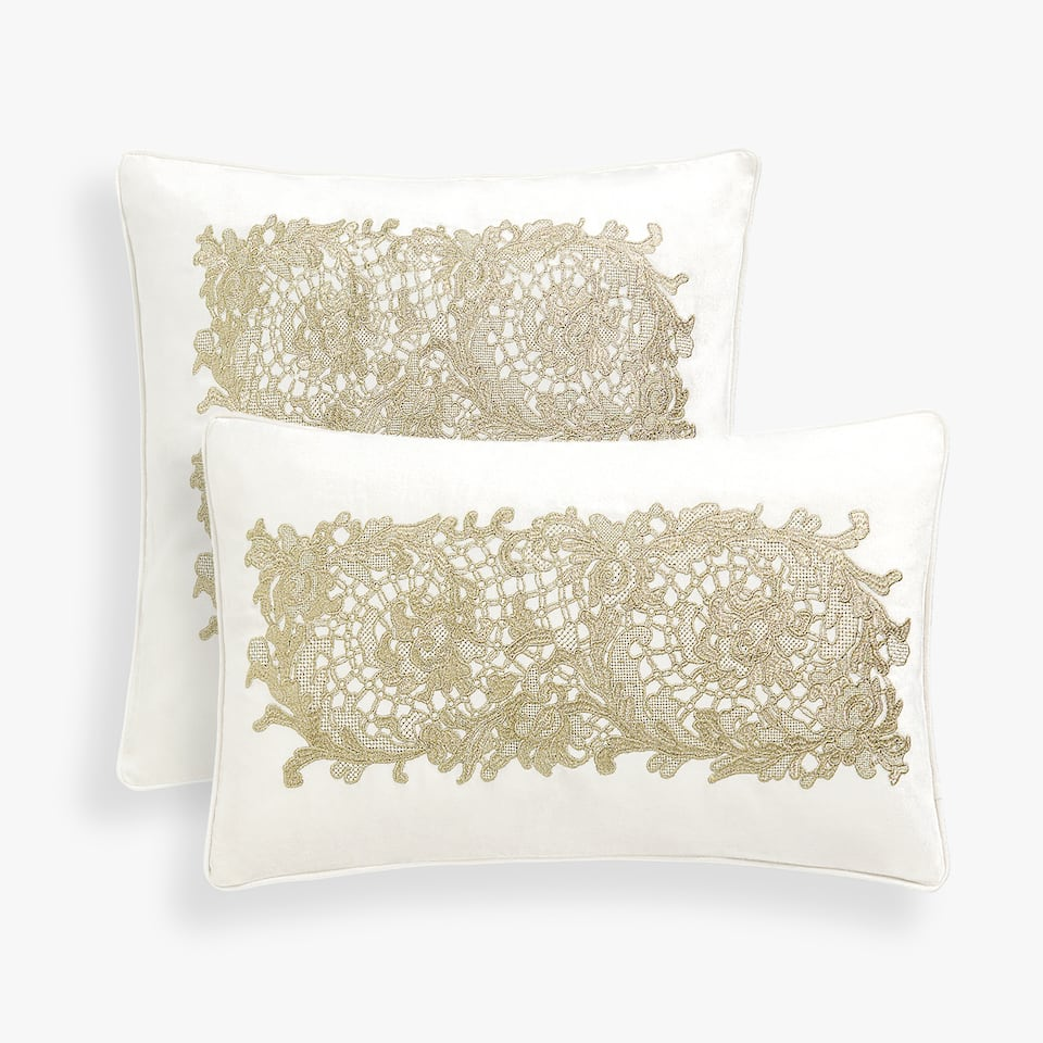LACE-EFFECT CUSHION COVER