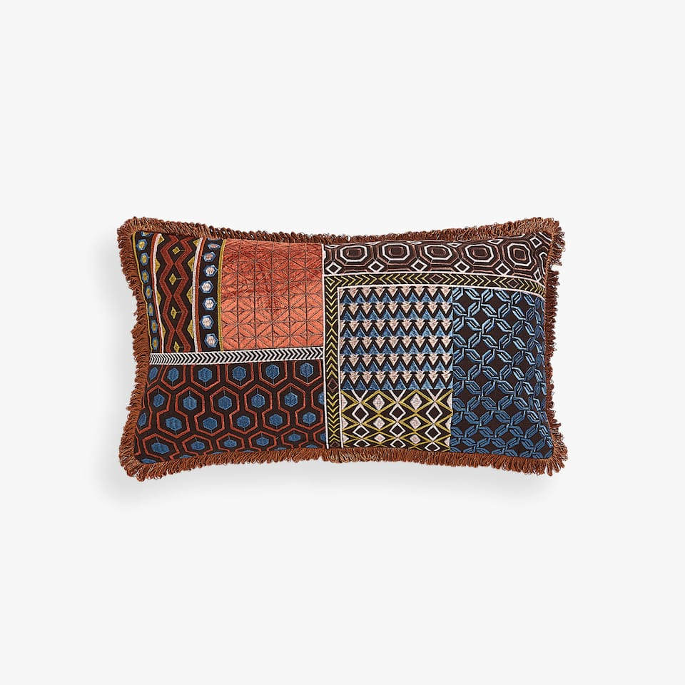 GEOMETRIC CUSHION COVER WITH FRINGE