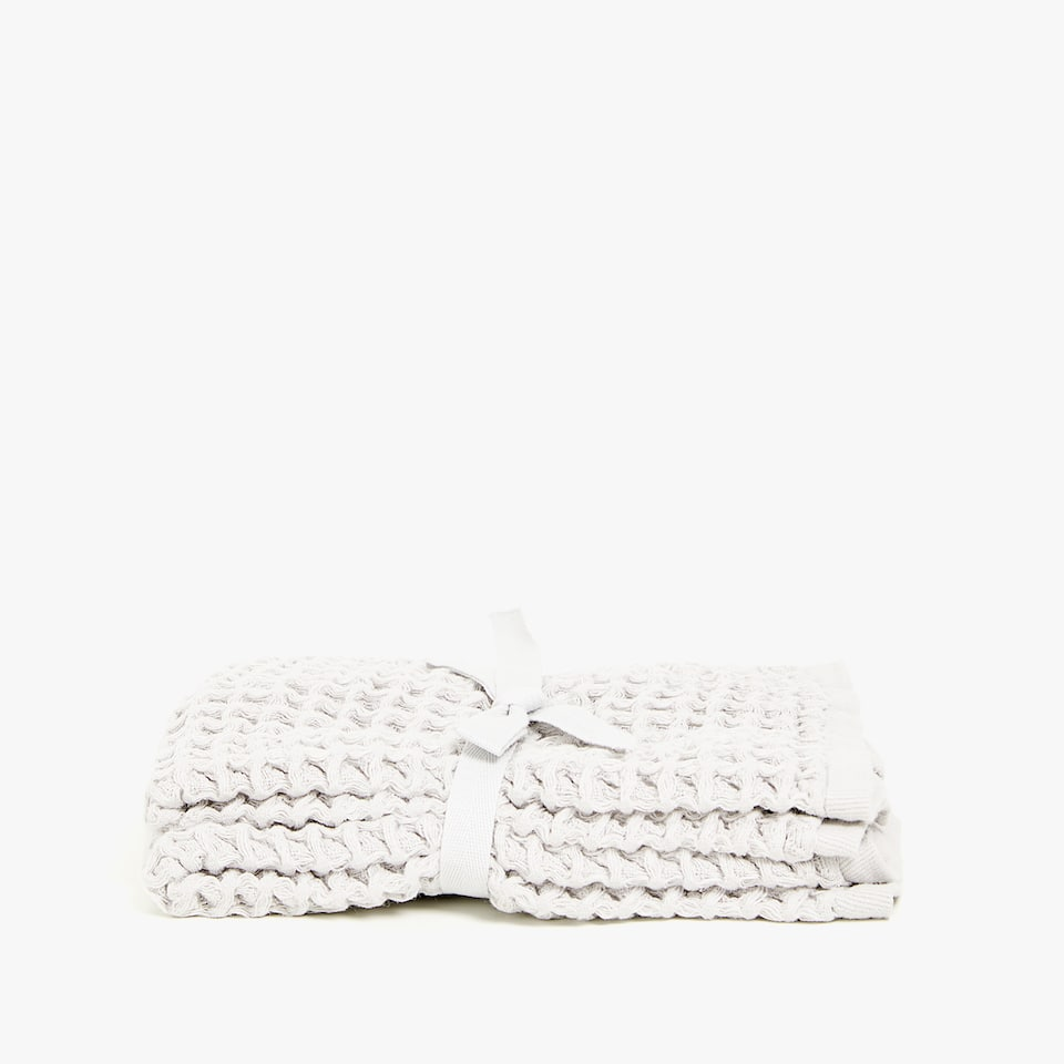 WAFFLE-KNIT COTTON TOWEL (SET OF 2)