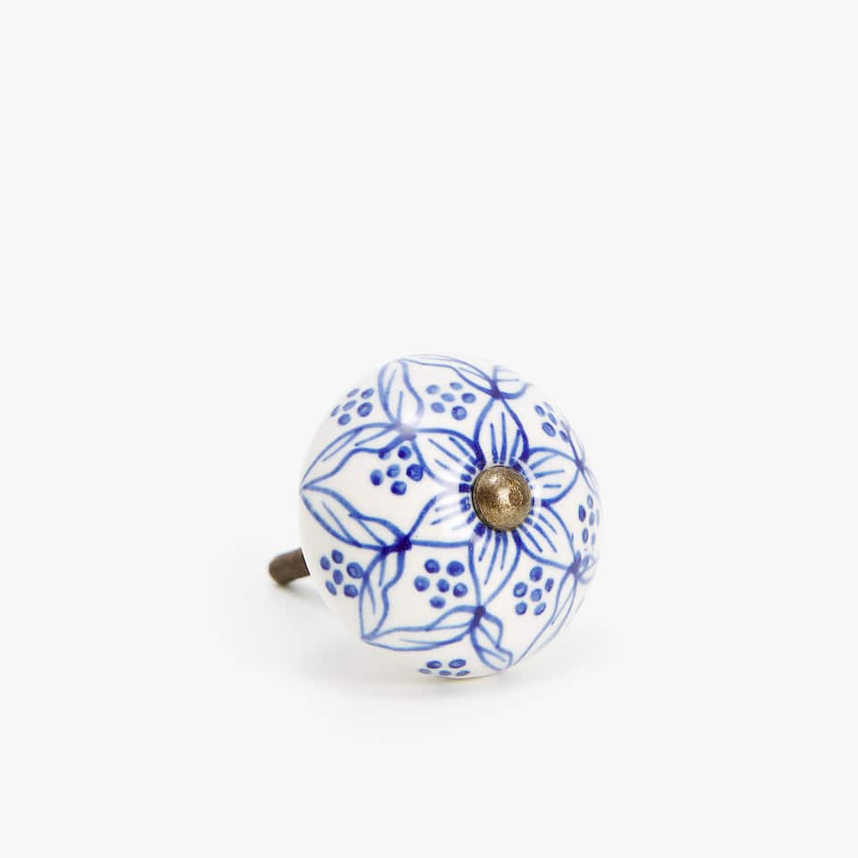 FLOWER MOTIF DOOR KNOB (PACK OF 2)