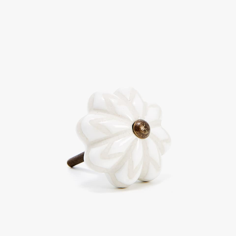 FLOWER SHAPED DOOR KNOB (PACK OF 2)