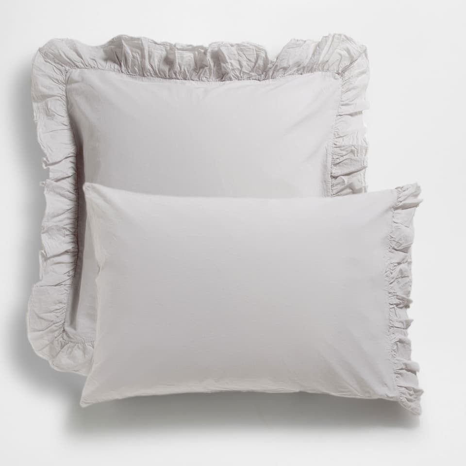 FADED COTTON PILLOWCASE WITH RUFFLE TRIM