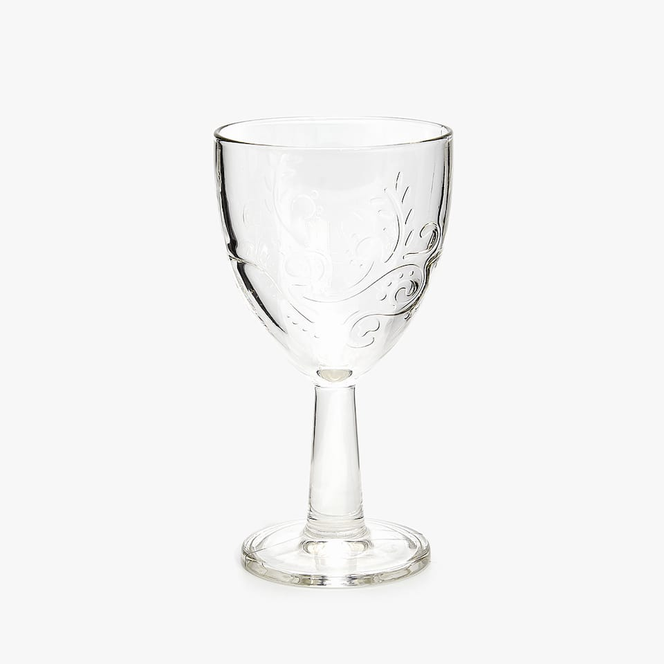 RAISED FLORAL DESIGN WINE GLASS