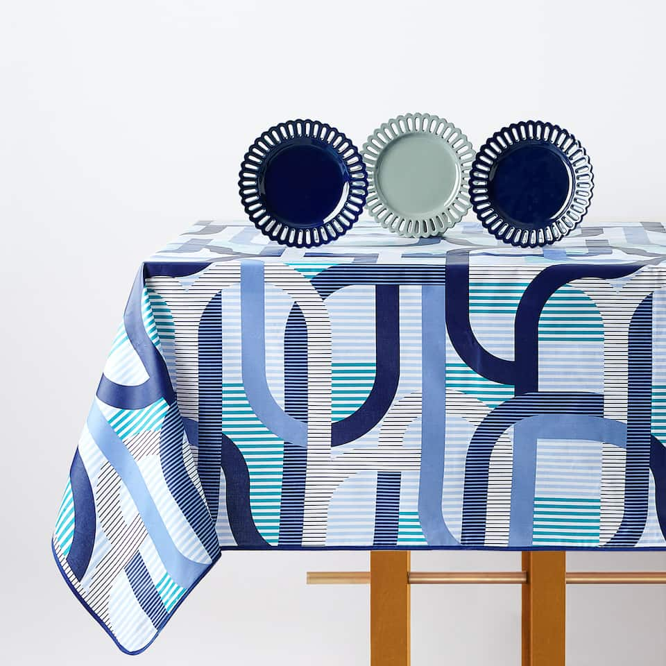 GEOMETRIC LINES TABLECLOTH