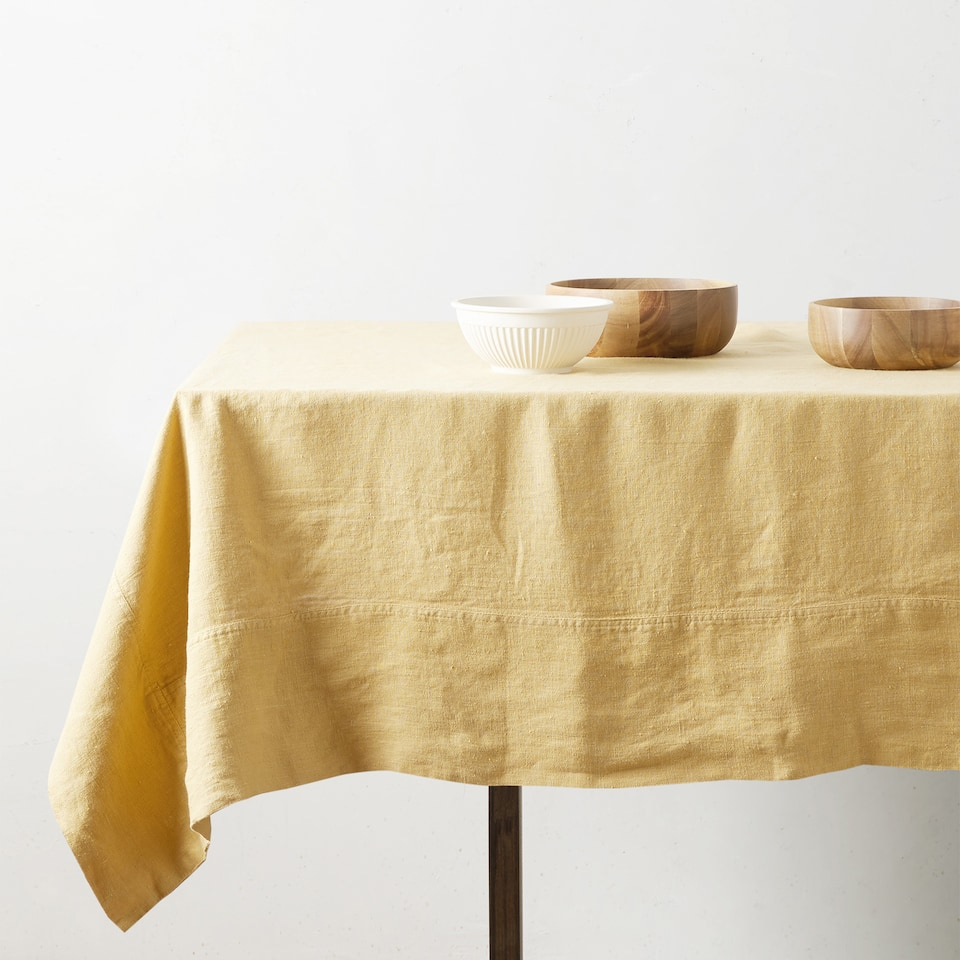 FADED LINEN TABLECLOTH