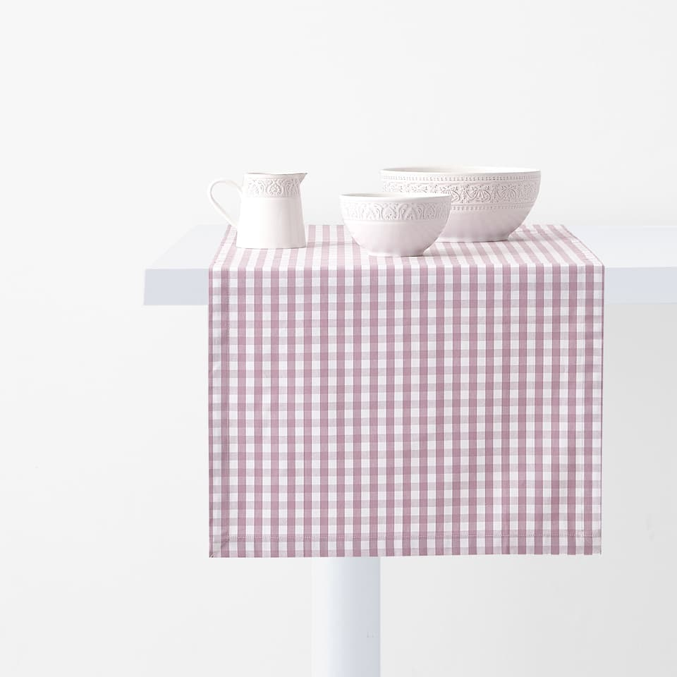 GINGHAM CHECK TABLE RUNNER