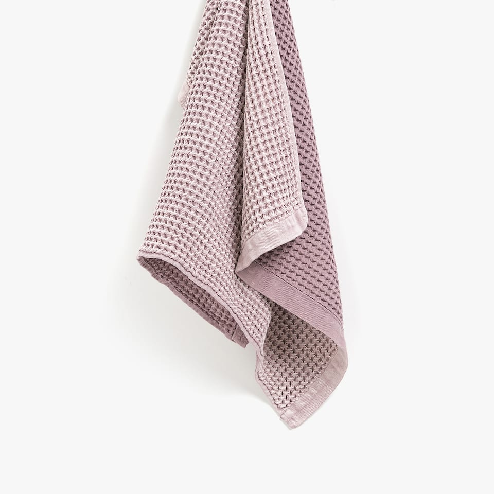FADED-EFFECT WAFFLE-KNIT TEA TOWEL