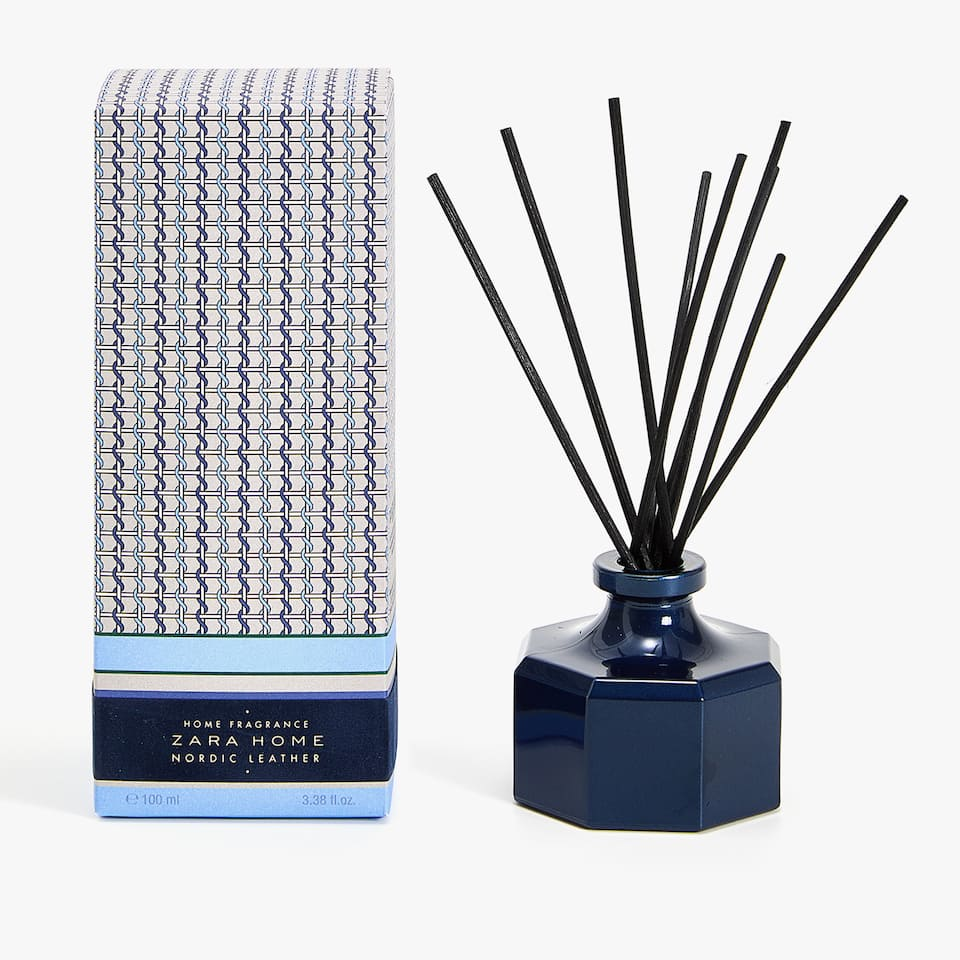 DIFFUSEUR D'AMBIANCE EN STICKS NORDIC LEATHER (100 ML)