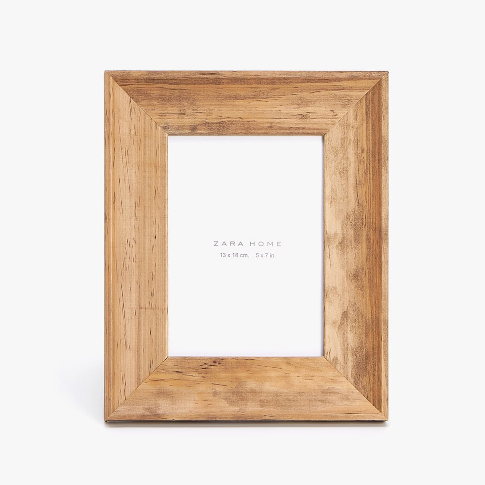 THICK WOODEN FRAME
