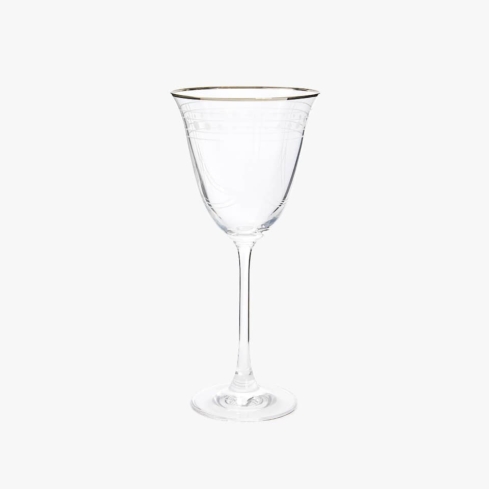 WINE GLASS WITH ENGRAVED DETAIL