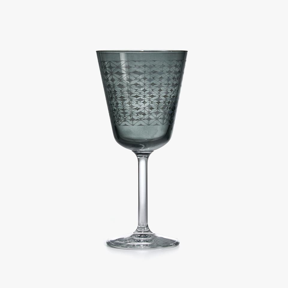 GRID DESIGN WINE GLASS