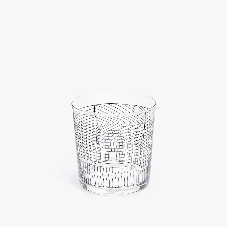 LINES DESIGN GLASS TUMBLER