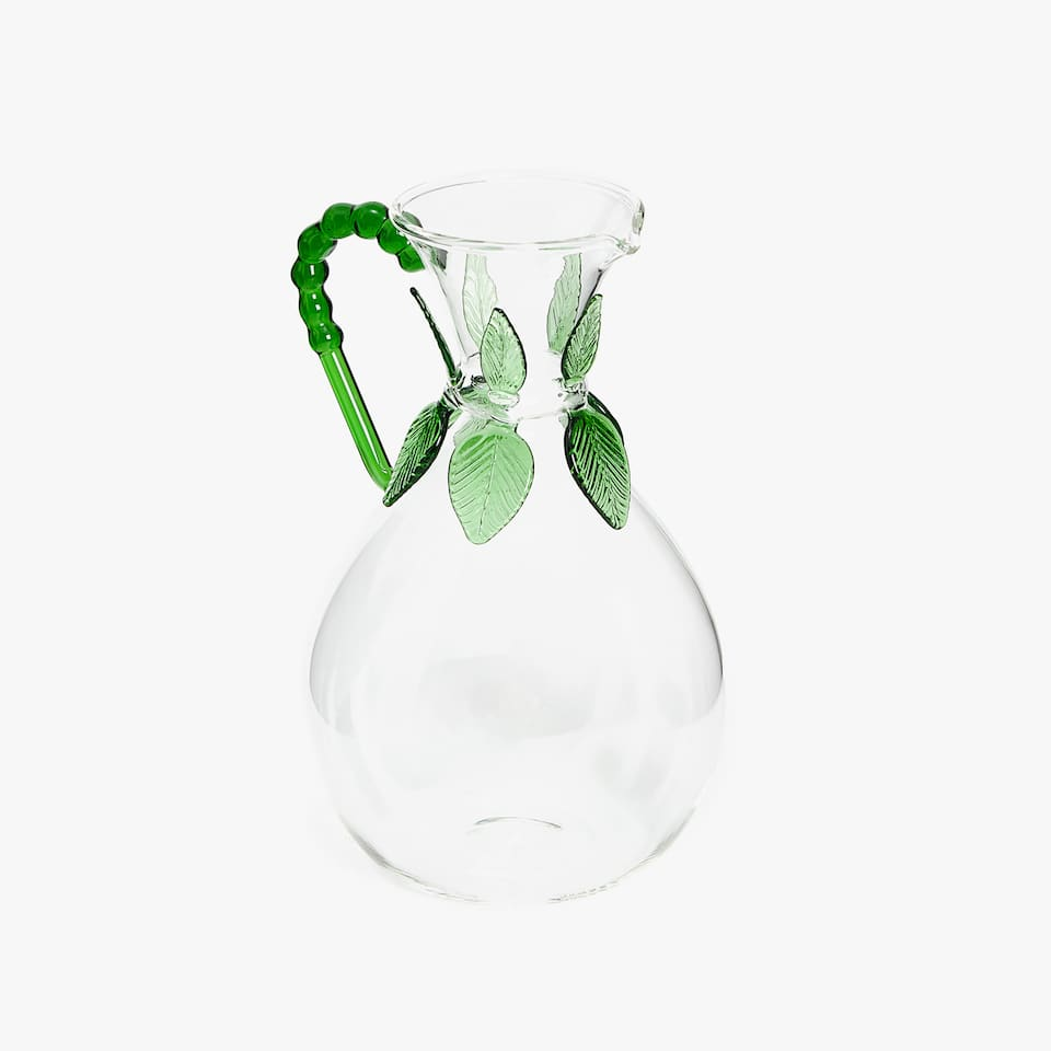 BOROSILICATE JUG WITH LEAF DETAIL